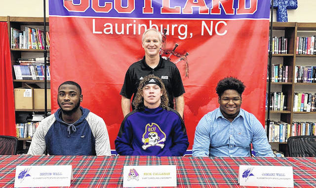 Three Scots sign to play college football